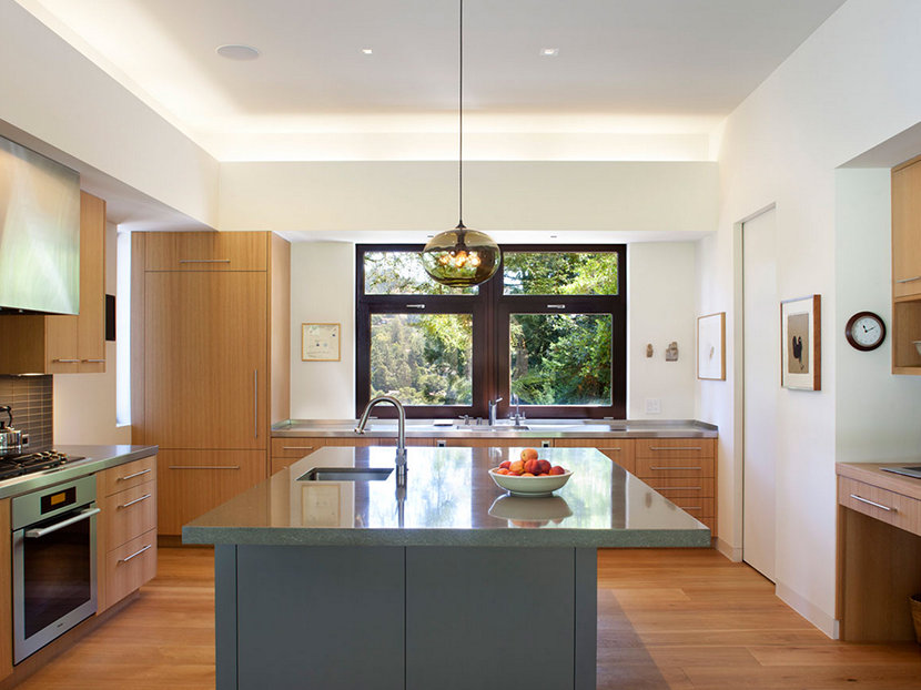 How Many Pendant Lights Should Be Used Over A Kitchen Island - One pendant light over island