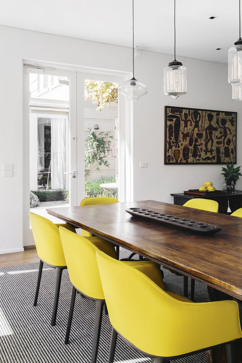 . modern dining room pendant lighting brightens sunny melbourne home