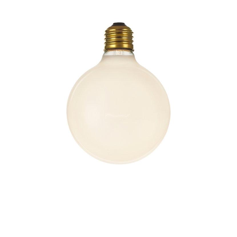 Incandescent Vintage Globe Bulb Frosted