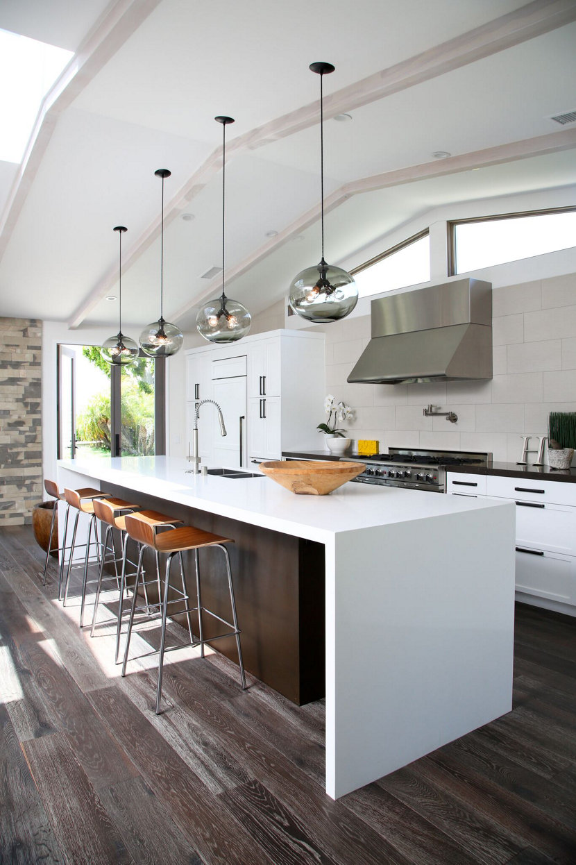 Modern pendant lighting over kitchen island
