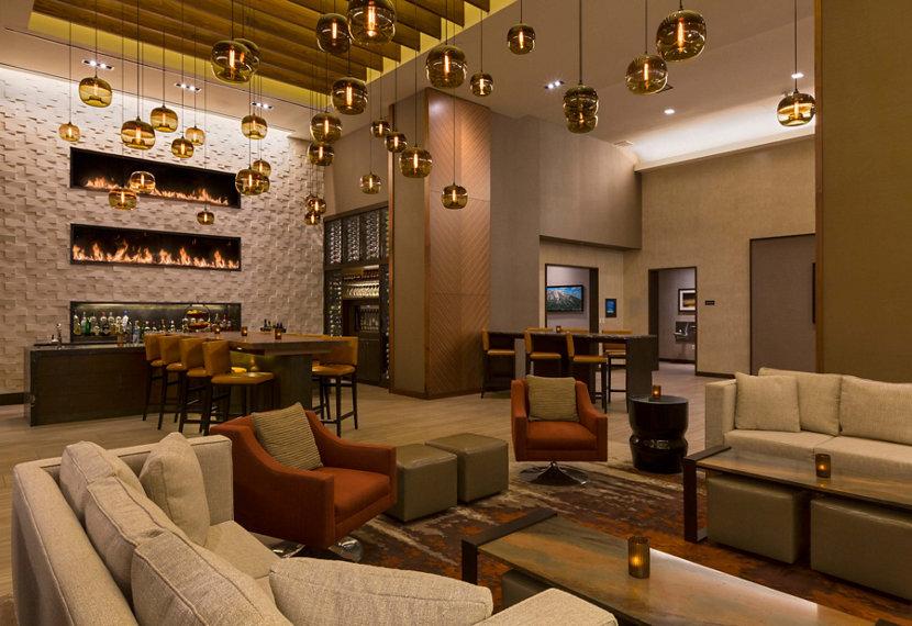 Modern Hotel Pendant Lighting Clusters