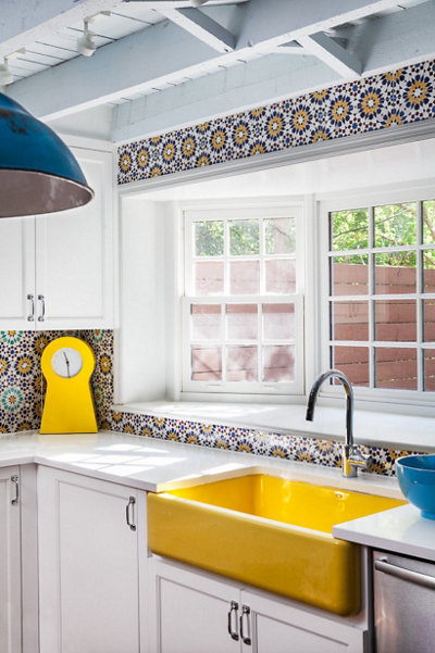 colorful morrocan kitchen tile