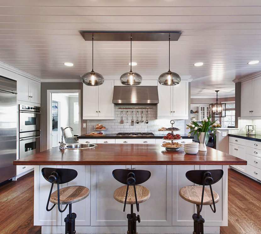 Kitchen Island Pendant Lighting in a Cozy California Ranch