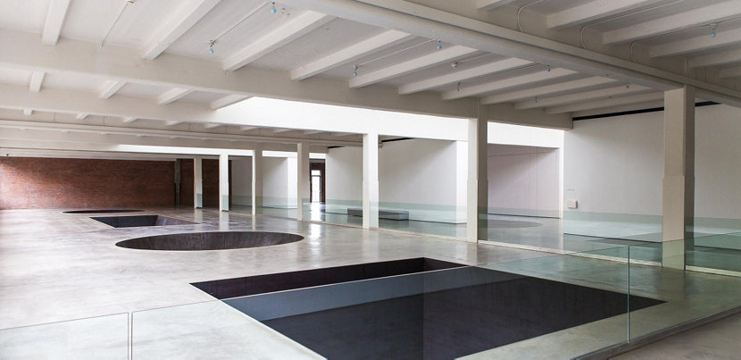 Michael Heizer installation at Dia:Beacon