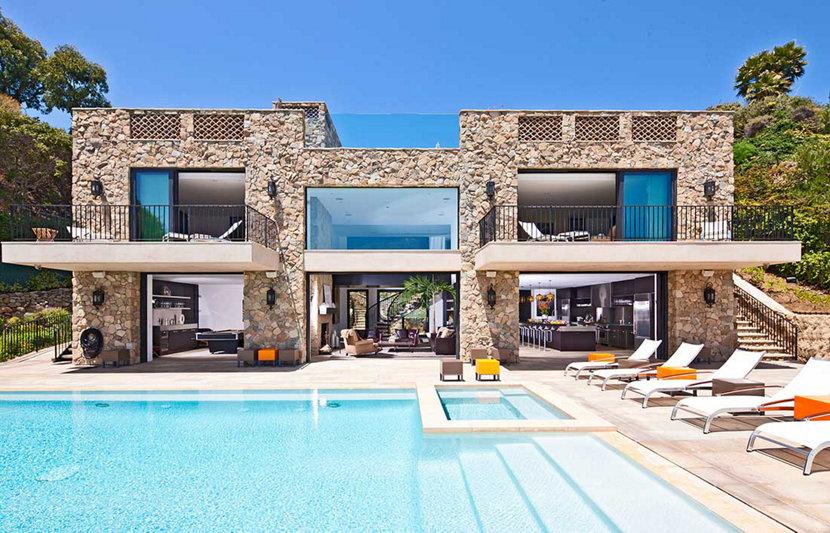 Malibu Beach Home Exterior