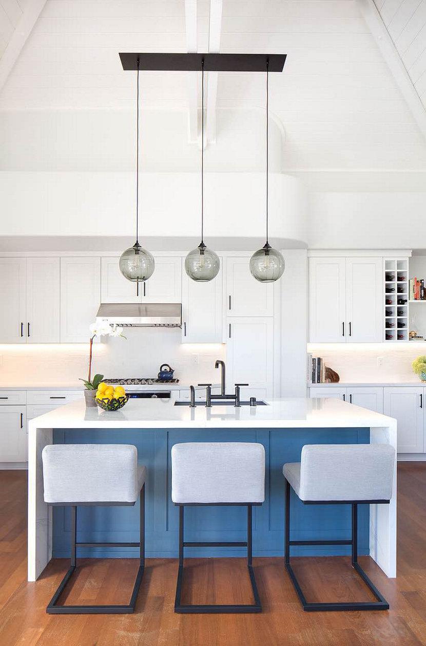 Kitchen Island Lighting - Niche Solitaire Pendants from Linear-3 Chandelier