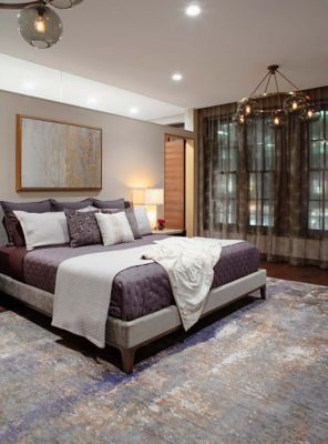 Image of: Modern Bedroom Chandelier Creates Relaxed Vibe In New York Residence