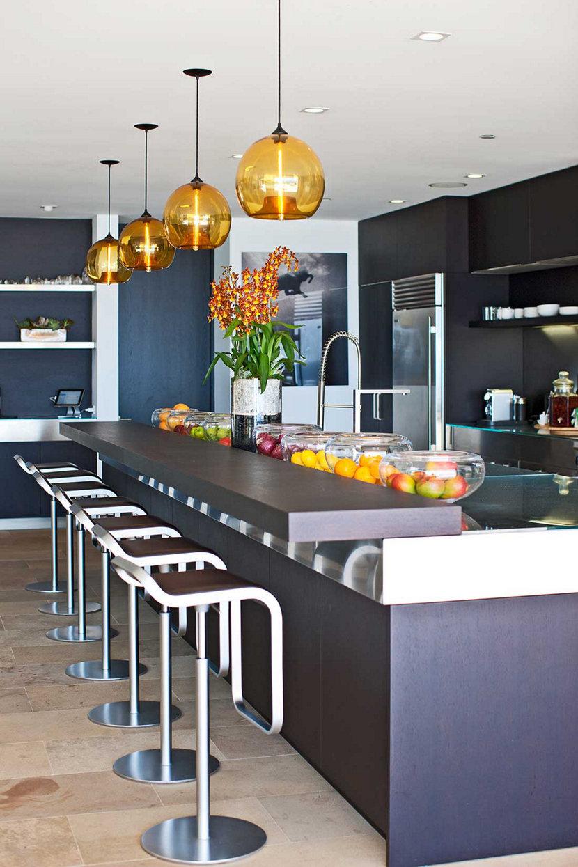 3 Homes with Bold Modern Bar Lighting