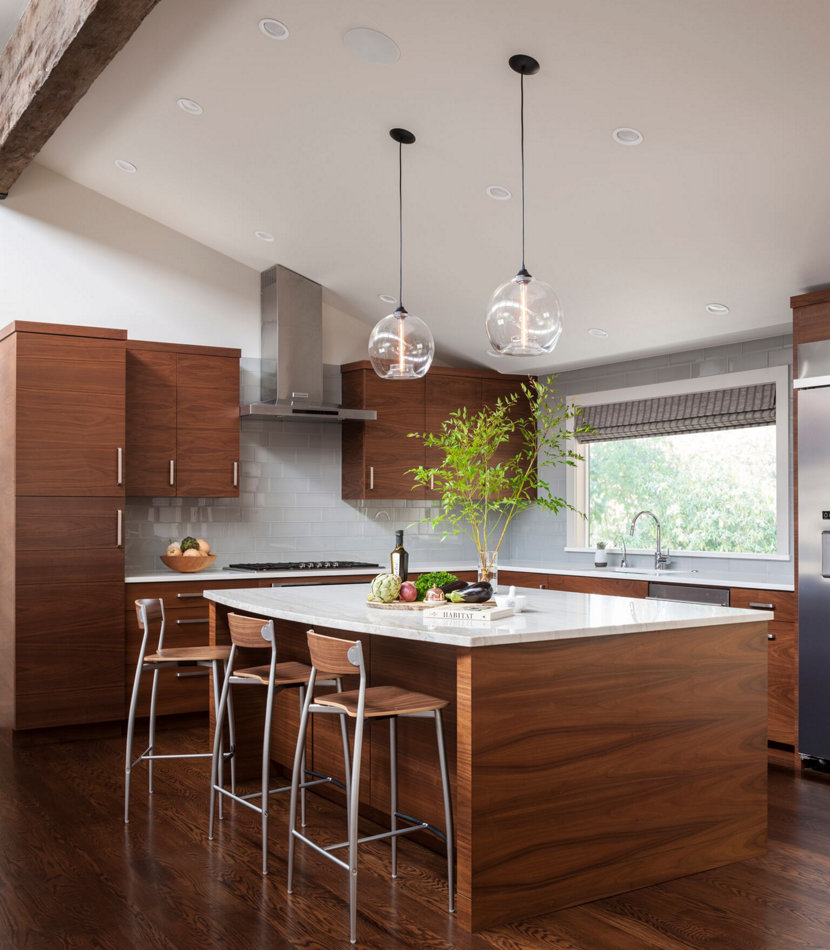 Modern Kitchen Island Pendant Lights Shine Bright In Seattle Home - Images of kitchen pendant lighting