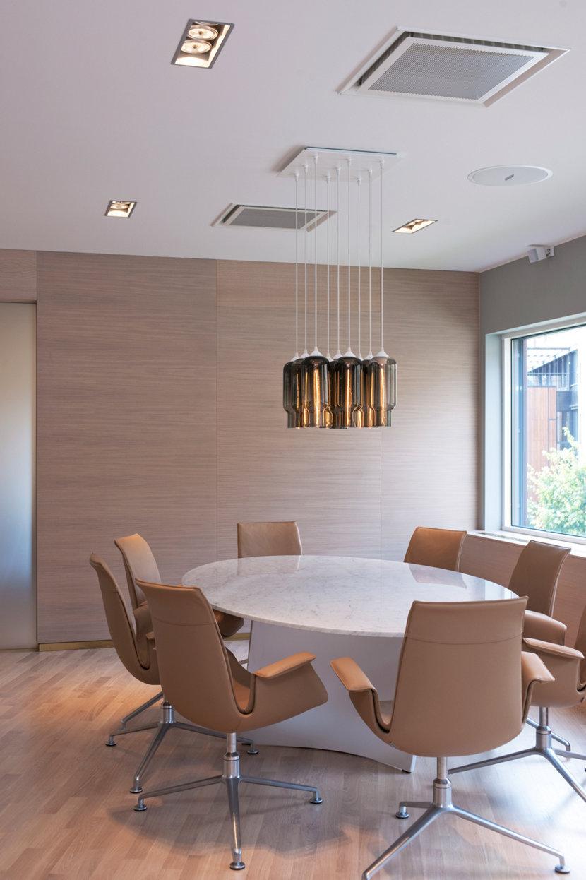 Pack 9 Modern Chandelier in Wallenius Willhelmsen Office