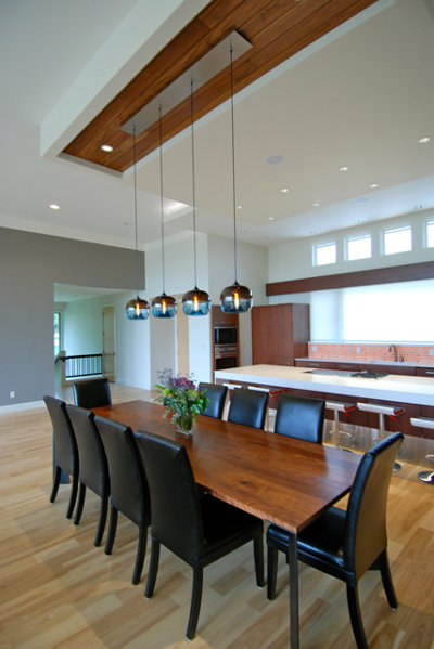 How to choose dining room pendant lighting for Modern kitchen table lighting