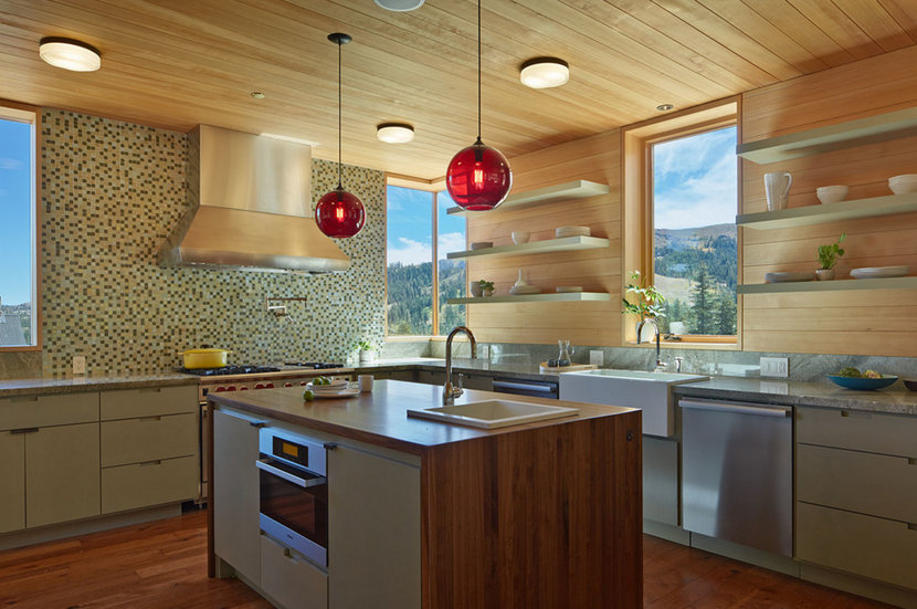Kitchen Island Pendant Lighting in Lake Tahoe Ski Resort Modern Cabin