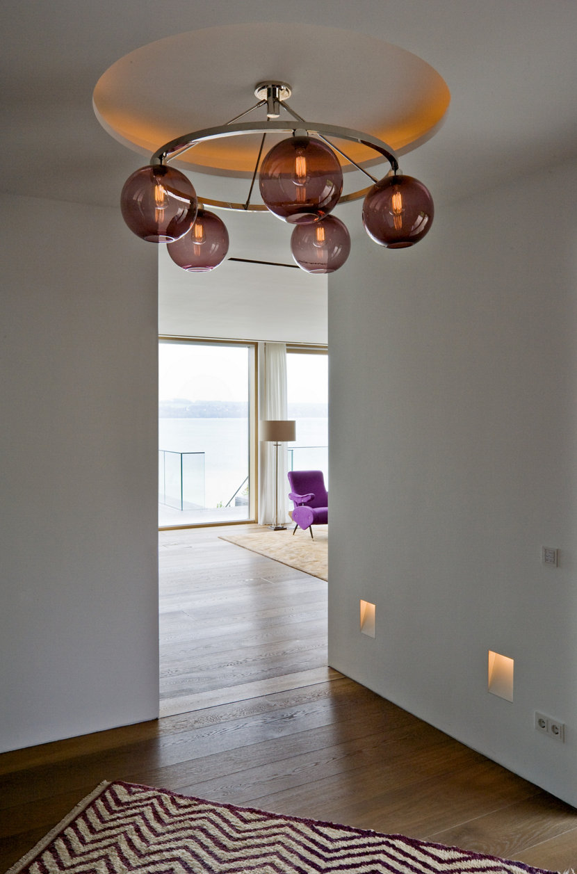 Contemporary Chandelier - Niche Solitaire Chandelier with Plum Glass